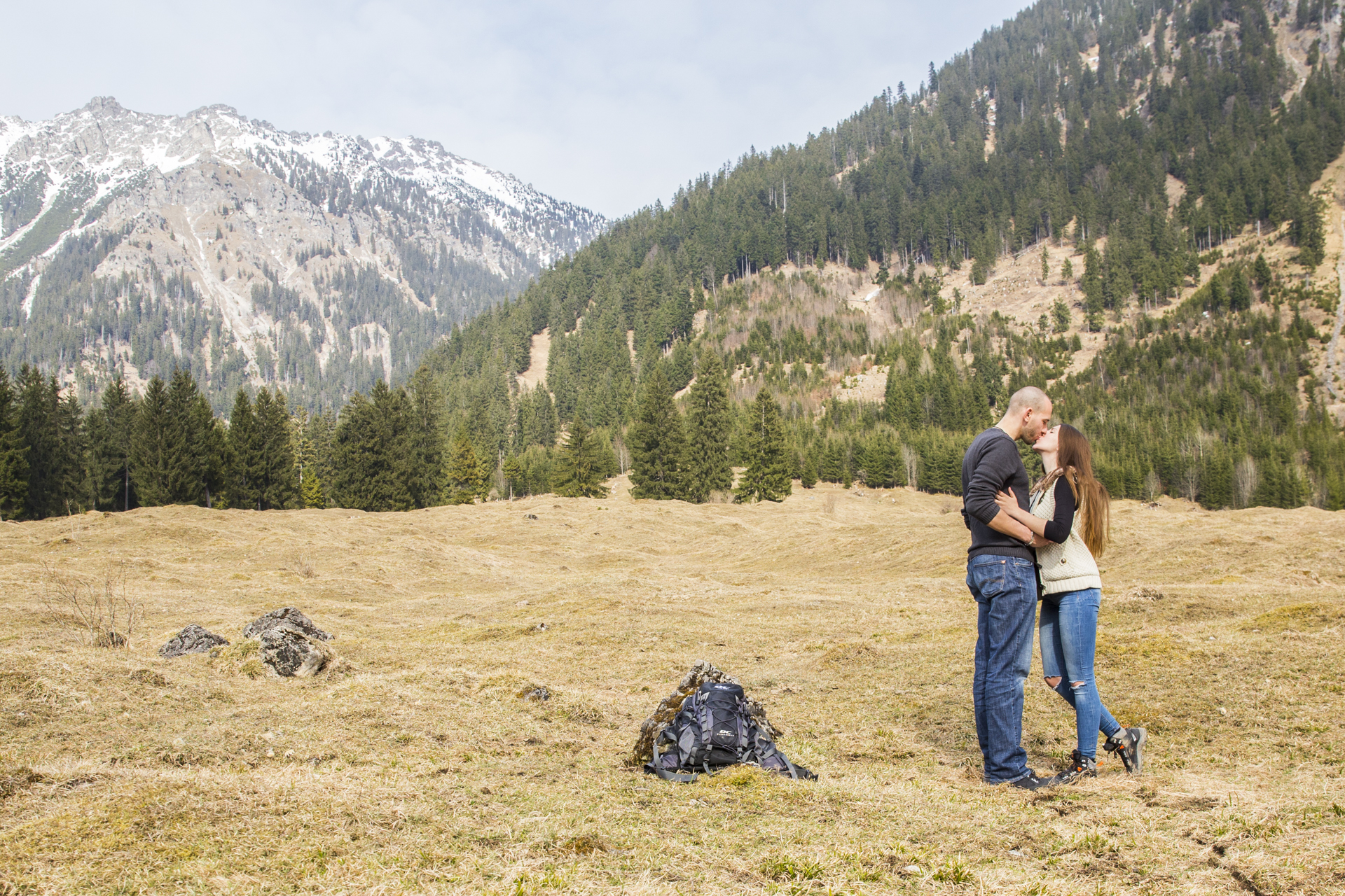 kuss vor den bergen