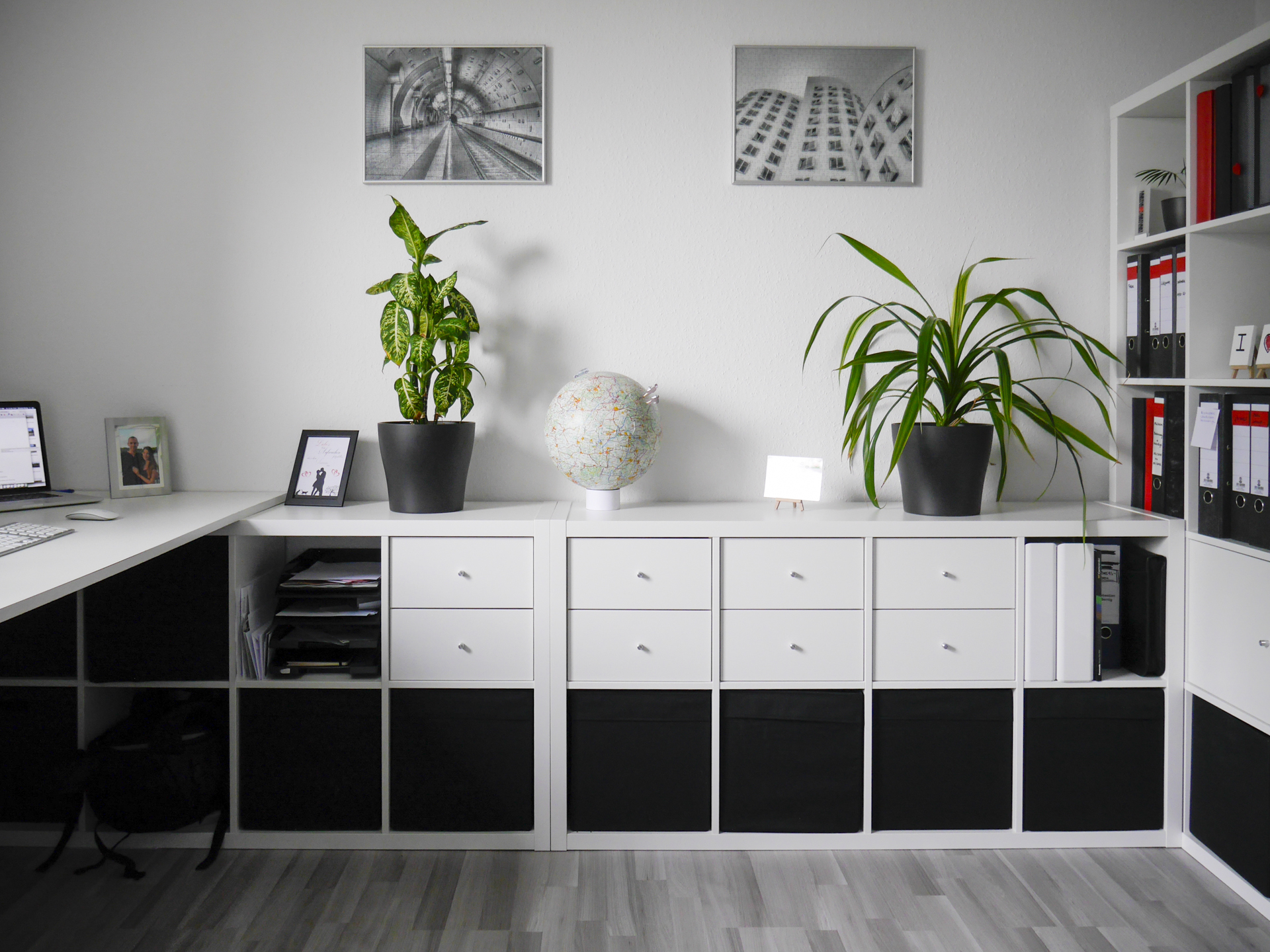 ikea regal einrichten inspiration f r die gestaltung der besten r ume. Black Bedroom Furniture Sets. Home Design Ideas