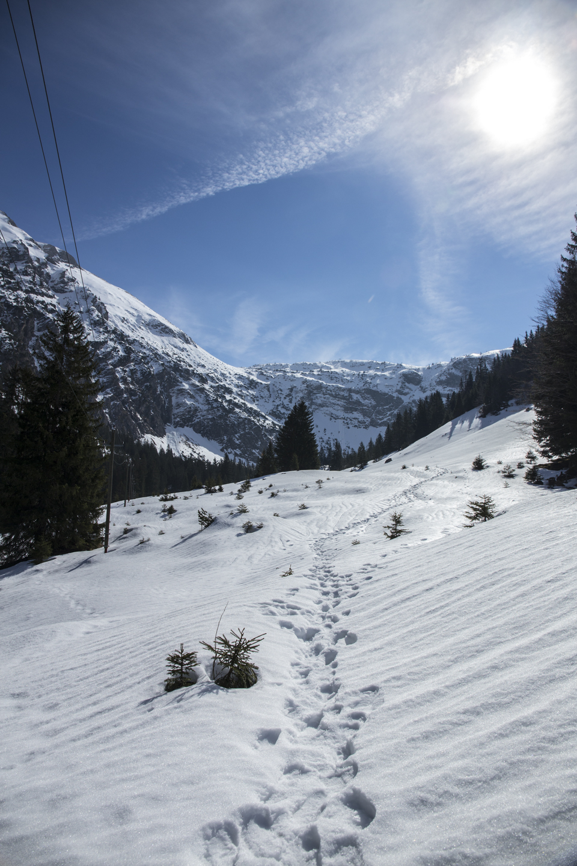 schnee berge blauer himmel